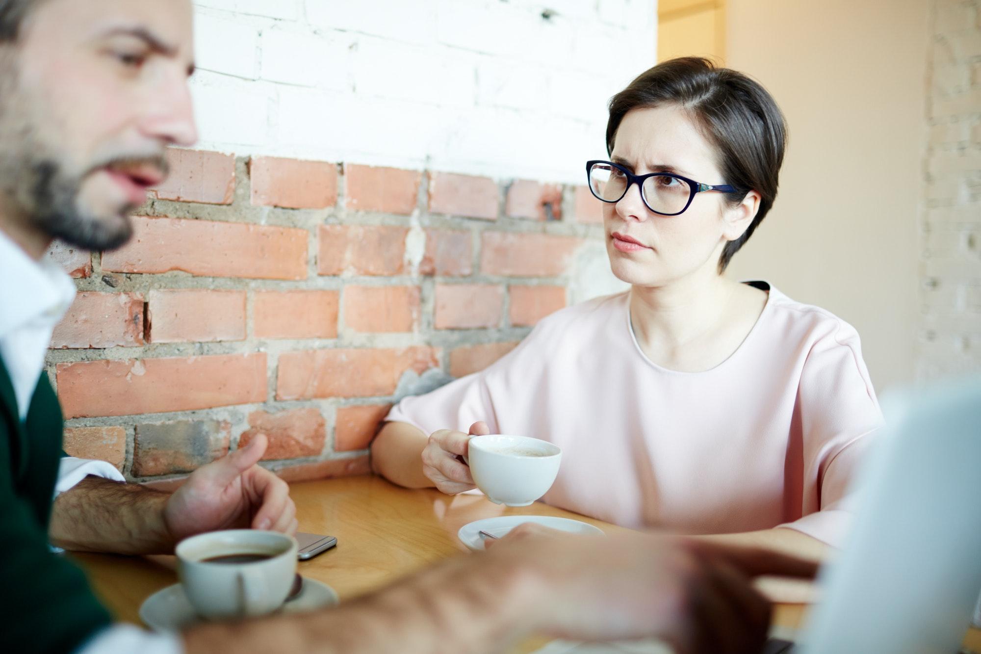 Comment rassurer une femme qui doute