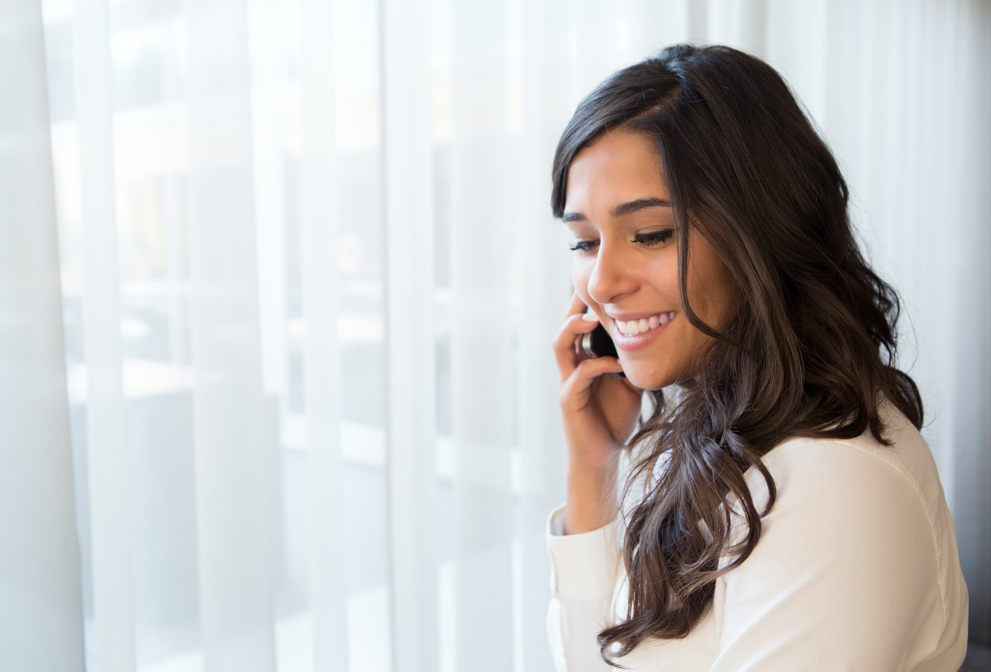 femme appelle son ex car il lui manque